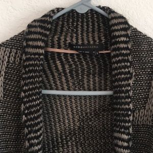 BCBG small Black and Gray Patterned Cozy Sweater